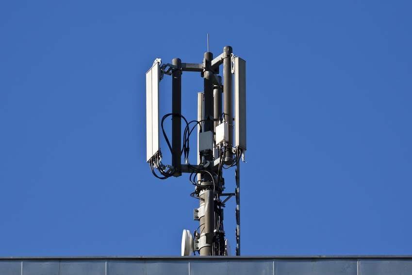 Gesetze für Leistung von Mobilfunkantennen