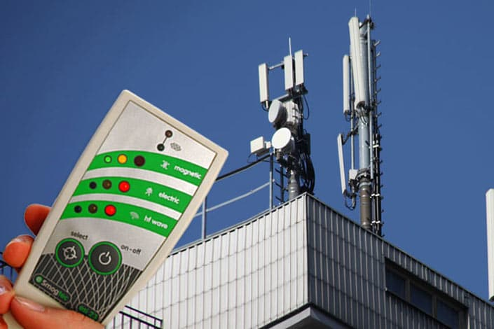 Elektrosmogmessung von Mobilfunkantennen auf Dach