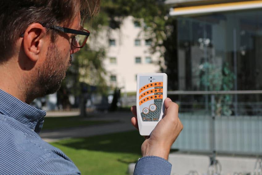 Hochspannungsleitung messen mit Elektrosmogmessgerät