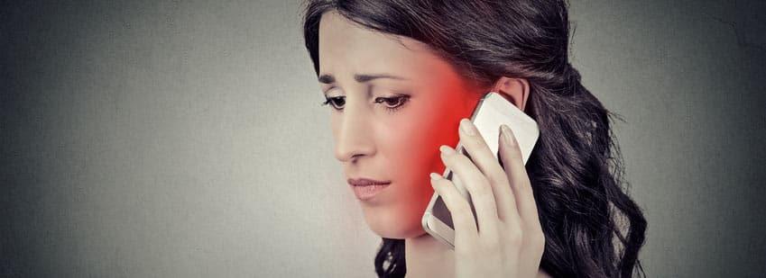Telefonieren mit Handy kann Krebs auslösen